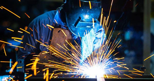 prospek kerja teknik etalurgi mejadi welding engineering